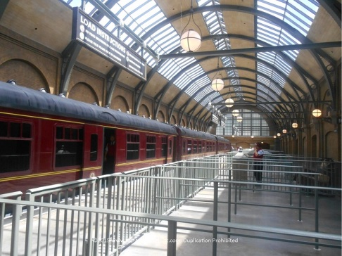 Kings Cross - Platform 9 3/4 with the Hogwarts Express